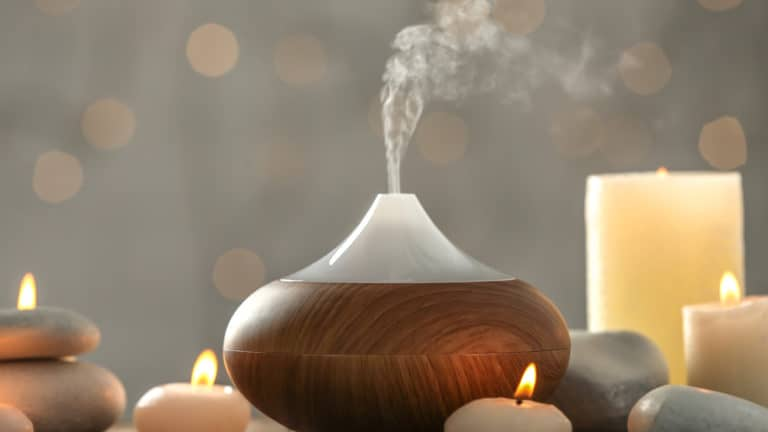 What Are Essential Oil Diffusers and How to Use Them