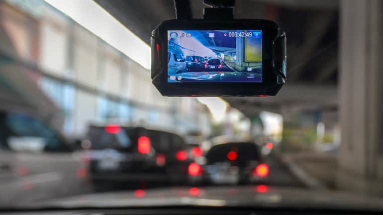 5 Best Dash Cams In Canada 2020 - Review & Guide