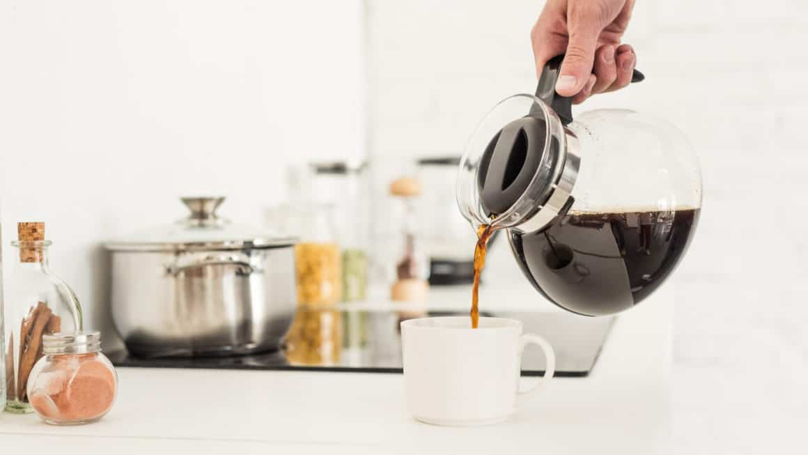 7 Best Coffee Makers In Canada 2020 – Review & Guide