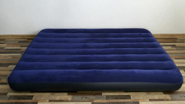 8 Best Air Mattresses In Canada 2020 - Review & Guide