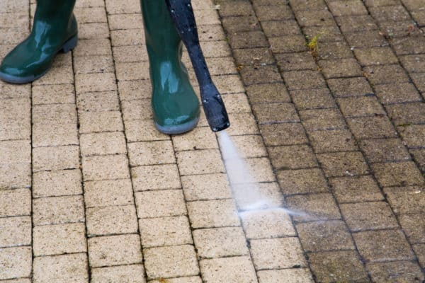 The Best Pressure Washers In Canada 2021 – Review & Guide
