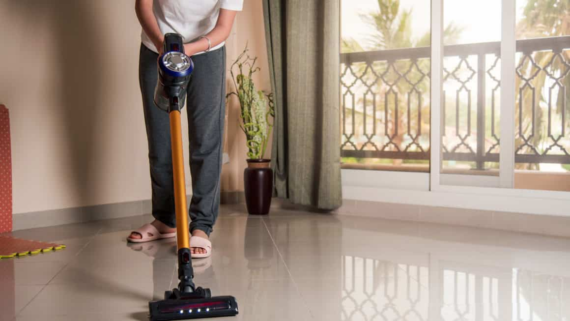 8 Best Cordless Vacuums In Canada 2020 – Review & Guide