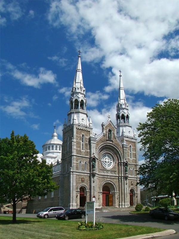 Sainte-Anne de Varennes Basilica
