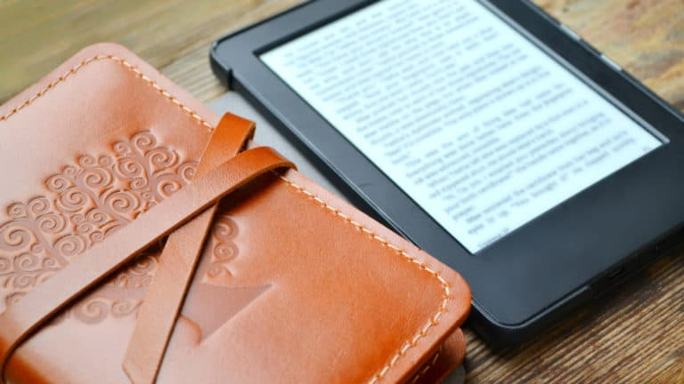 5 Best E-Readers In Canada - Review & Guide