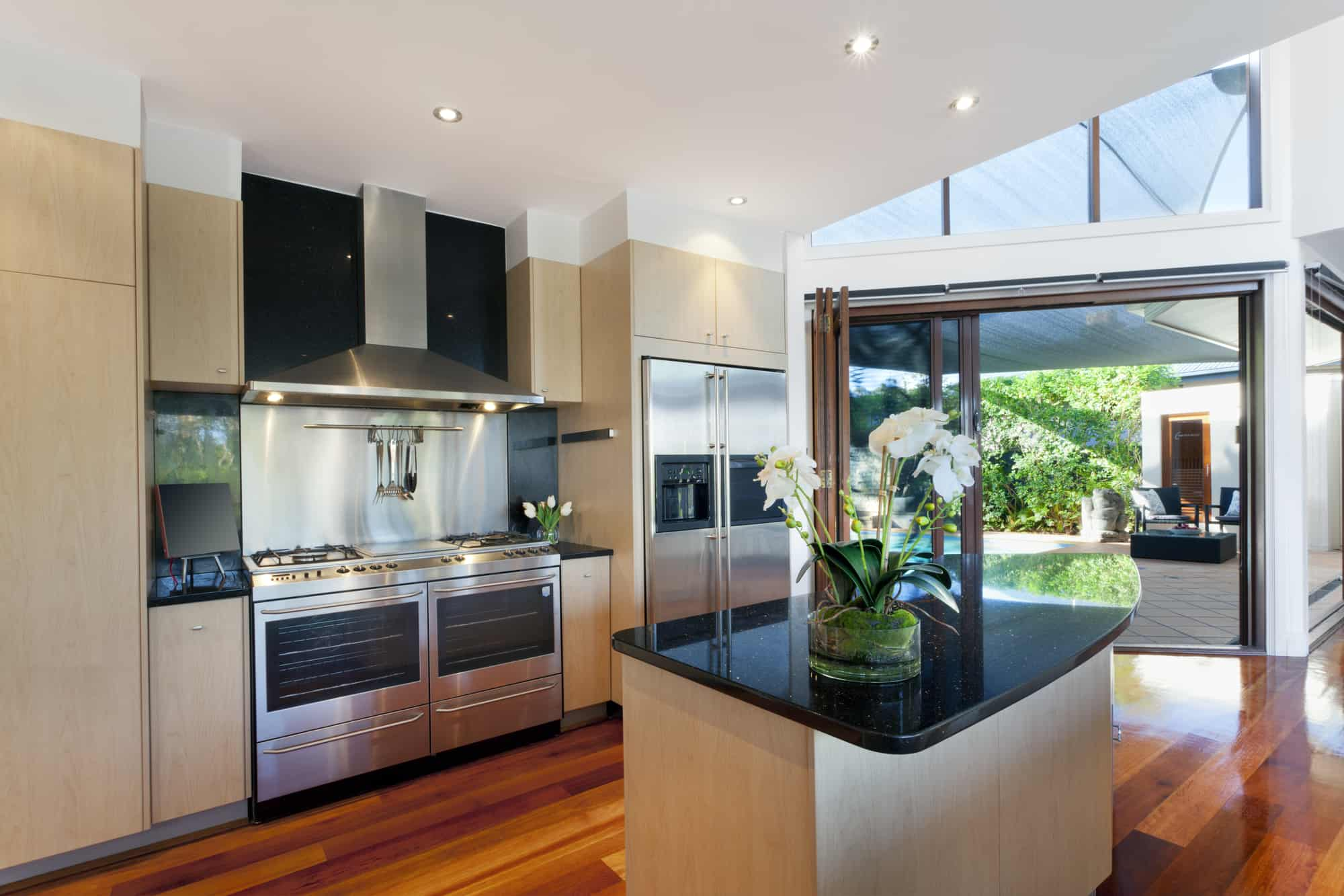 What Should You Consider When Buying A Range Hood?