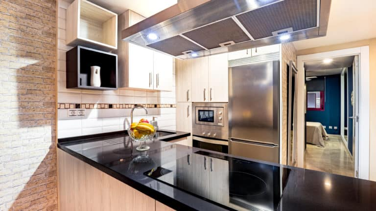 Best Range Hoods In Canada - Review & Guide