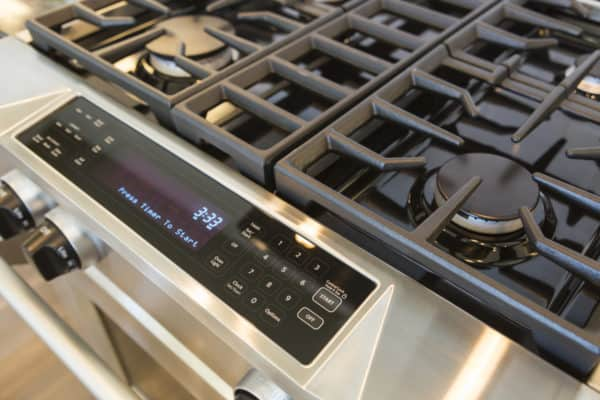 10 Best Gas Ranges In Canada 2020 – Review & Guide