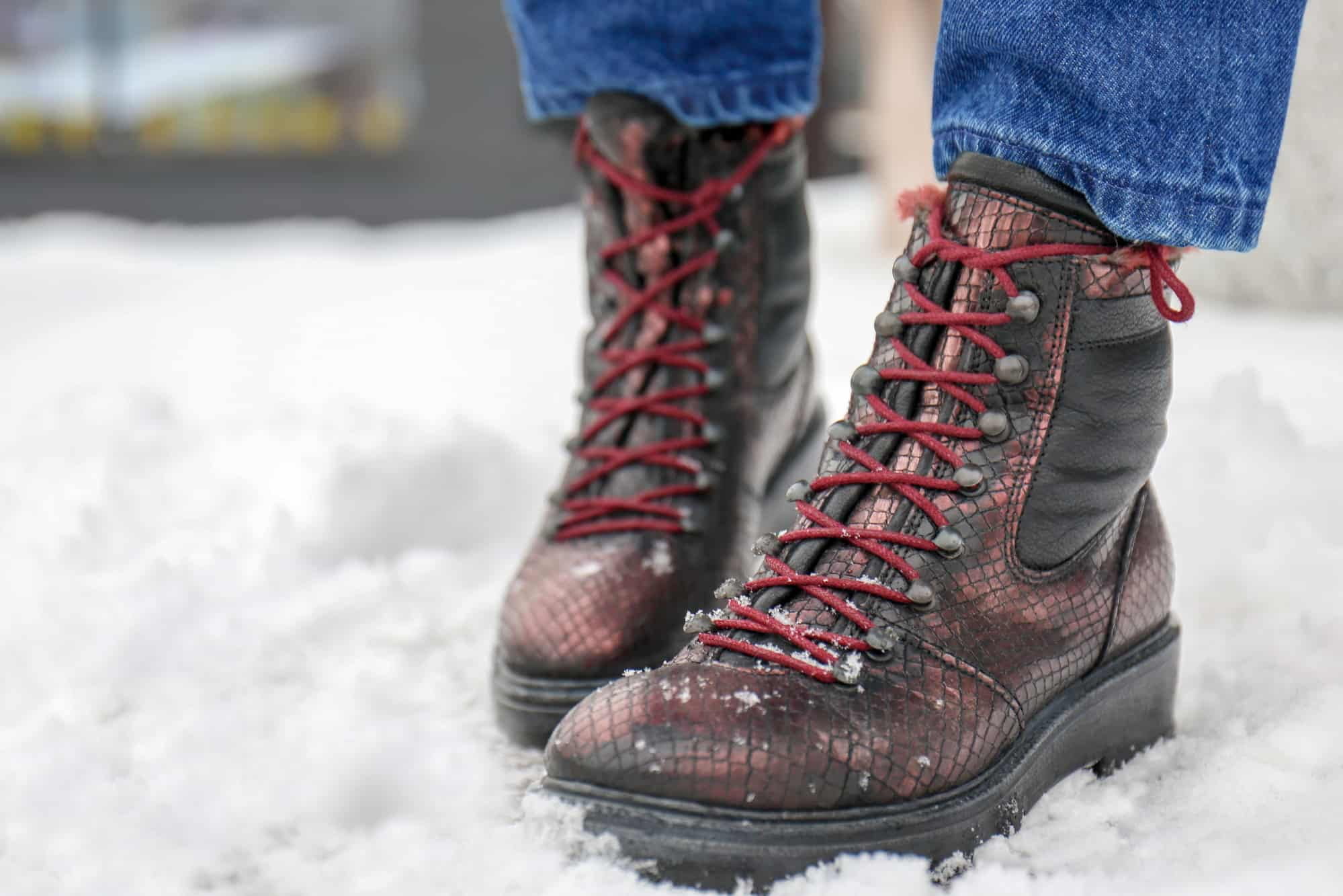 What To Consider When Shopping For Women's Winter Boots