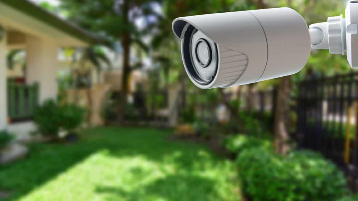 8 Best Outdoor Security Cameras In Canada 2020 – Review & Guide