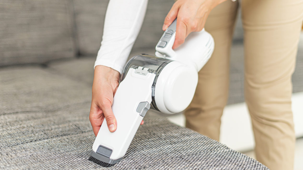 10 Best Handheld Vacuums In Canada 2020 – Review & Guide