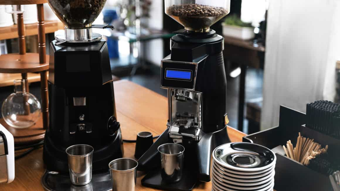 12 Best Coffee Grinders In Canada 2021 – Review & Guide